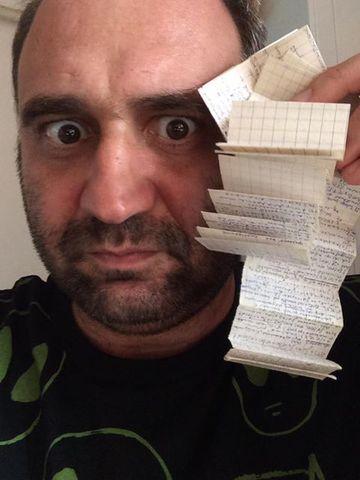 """Actorul Adrian Văncică, mesaj dur pe reţelele de socializare: """"Băi panaramelor care sunteti, deputati şi senatori!"""""""