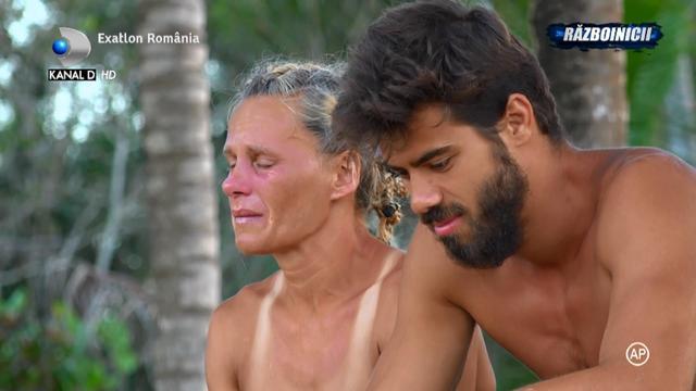 """Mariana nu poate trece peste jignirile facute de Giani, la adresa ei: """"E normal ca ma oftic. Asa sunt eu, inimoasa"""""""