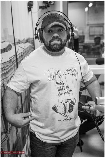Razvan Petre are un nou coleg de dimineata, la matinalul radio! Iata cine este – Foto!