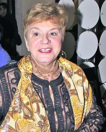 De ce a refuzat familia sa mai fie vizitata la spital Ionela Prodan acum cateva zile! Cine a vrut sa o vada pe regretata artista | EXCLUSIV
