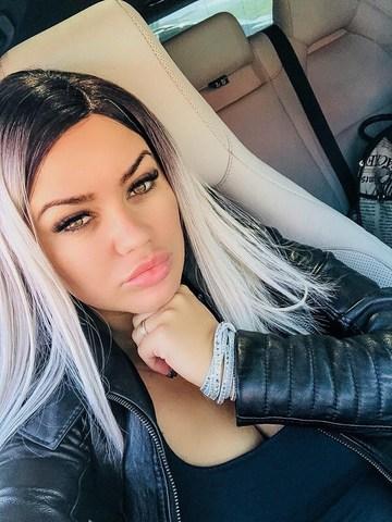 "Carmen de la Salciua, atac furibund la adresa Andreei Balan: ""Rusine sa iti fie! Normal ca te injura oamenii!"""