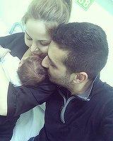 Incidente la botezul baietelului cantaretei Alessia! Artista n-a mai suportat si a izbucnit in plans!