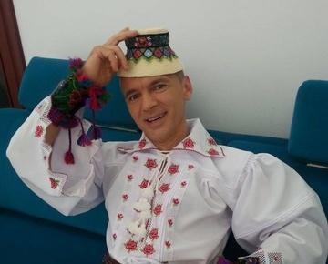 Interpretul Radu Ile a ajuns pe masa de operatie. Rinichiul drept i-a cedat