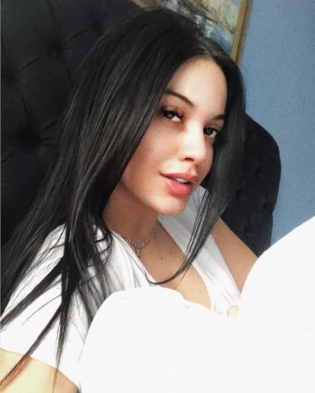 Betty, fiica lui Florin Salam, primele declaratii dupa ce s-a spus ca ar fi insarcinata!