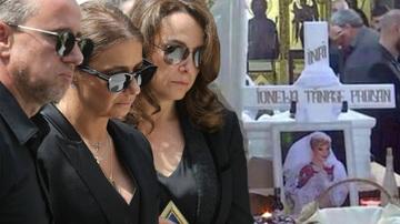 Cutremurator, ce a facut Anamaria Prodan la mormantul mamei sale la doua zile dupa ce a ingropat-o! A stat langa piatra funerara si a plans cu lacrimi amare