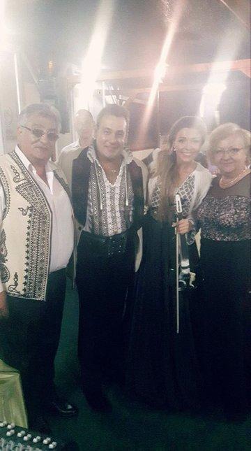 """Ionut Dolanescu o complimenteaza pe mama lui Ciprian Tapota Lataretu: """"Cea mai mare cantareata a Gorjului dupa Maria Lataretu!"""""""