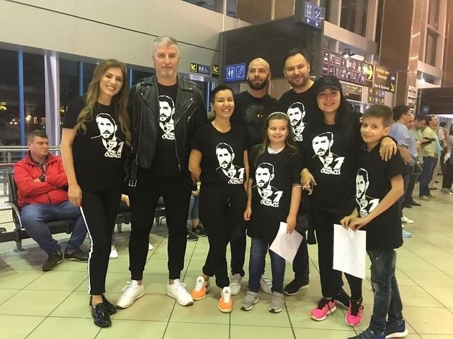 Cum l-au asteptat prietenii la aeroport pe Catalin Cazacu! Giani Kirita a fost si el prezent