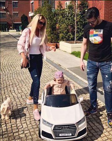 """Bianca Dragusanu, declaratie de senzatie despre fiica ei! """"Iubirea pentru copil este singura dragoste adevarata de pe Pamant"""" Vezi ce mai spune despre micuta Sofia EXCLUSIV"""