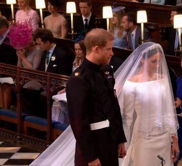 """Tatal lui Meghan Markle a dezvaluit ce i-a spus la telefon lui Harry, atunci cand printul l-a sunat sa ii ceara mana fiicei lui. """"Promite-mi ca nu vei ridica mana..."""""""
