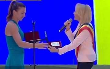 """Gabriela Firea, declaratie dupa huiduielile de pe Arena Nationala: """"Am gresit. M-as fi bucurat sa fiu mai inteleapta"""""""