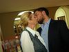 Si bogatii divorteaza cateodata! Dana Balcacean a sarbatorit cu sampanie divortul de sot si s-a sarutat de mama focului cu noul iubit!