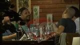 """VIDEO! Ombladon isi traieste viata ca in versuri: """"Tot ce-ti spun acum uita pana maine, vorbeste vinul pentru mine"""""""