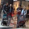 VIDEO EXCLUSIV! Dragos Bucur si Dana Nalbaru, concurs de impins carucioare, la mall