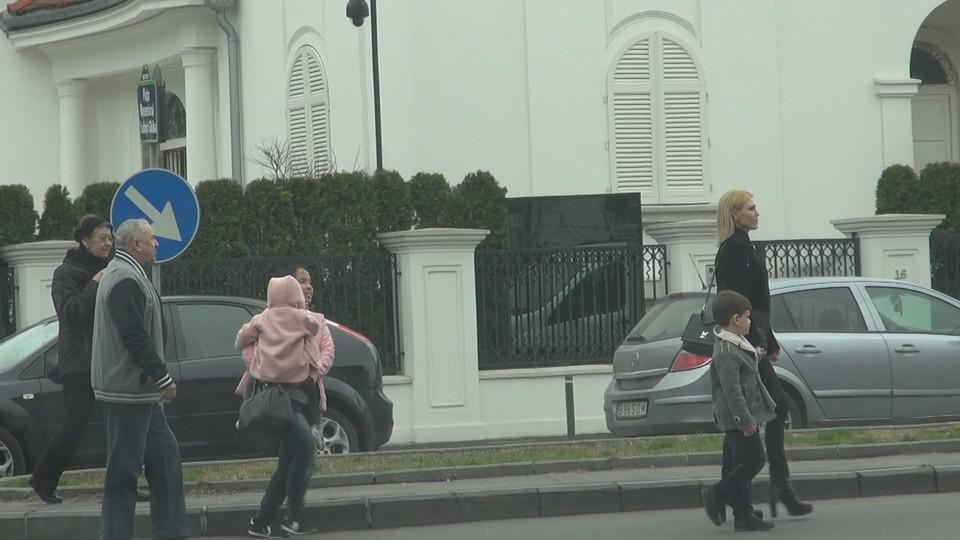 VIDEO EXCLUSIV | Necazurile l-au macinat pe sotul Cristinei Rus! Vezi cat de mult a slabit Dragos Balteanu la aproape un an dupa ce a fost arestat fiind acuzat de manipularea pietei de capital
