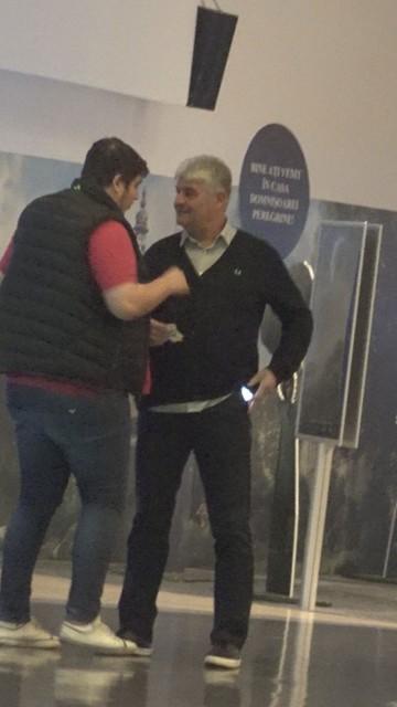 """Video exclusiv! Reunire la categoria grea: """"Falcosul"""" vs """"Pufosul""""! La 30 de ani inca neimpliniti, fiul lui Ioan Andone l-a intrecut in alura, dar mai ales in kilograme pe antrenorul de la Dinamo"""