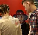 Tonciu, deghizata in vrajitoare la mall! Bruneta a purtat o palarie ciudata si a cascat non-stop | VIDEO EXCLUSIV