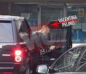 Pelinel a ajuns la spital! Imagini exclusive cu Valentina in timp ce mergea in vizita la tatal copilului ei
