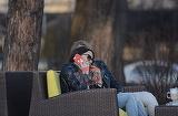 Apropiere suspecta si gesturi tandre intre nevestele a doi stelisti!! Ioana Tamas s-a jucat in parul Madalinei Enache si a mangaiat-o non-stop | VIDEO EXCLUSIV