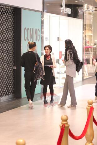 Lui Brigitte ii merge de minune in afaceri! Sotia lui Ilie Nastase si-a luat un spatiu in mall, acolo unde isi va face un magazin cu haine de lux VIDEO EXCLUSIV