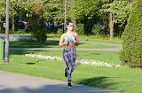 "Marisa de la ""Bravo, ai stil!"" e plina de sex-appeal!! Nonconformista concurenta a zapacit toti barbatii din parc cand a iesit la alergat!"