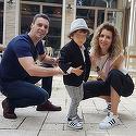 Ce smechereste e imbracat baietelul lui Carmen Bruma si al lui Mircea Badea! Parintii l-au sarbatorit pe Vladut, care a implinit 3 ani! Distractia a avut loc la un restaurant din parc   VIDEO EXCLUSIV!