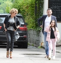 """Iubita lui Adrian Cristea se intelege din ce in ce mai bine cu fiica """"Printului""""! Imagini exclusive cu cei trei, parand ca formeaza o familie fericita   VIDEO EXCLUSIV"""