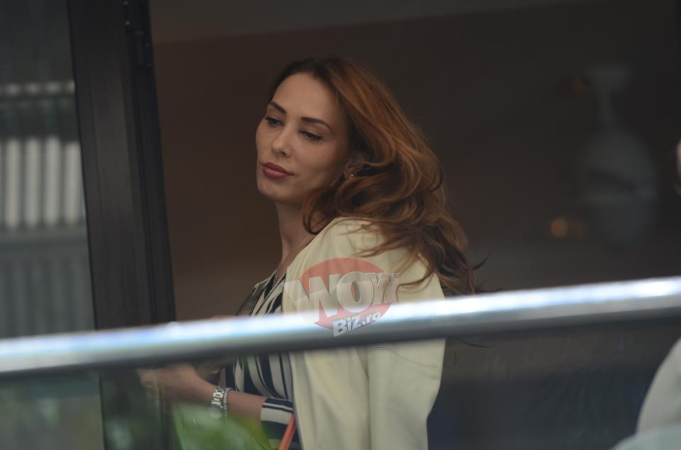 Iulia Vantur are pofte de graviduta? Iubita starului bollywoodian Salman Khan a plecat acasa cu doua plase cu prajituri! | VIDEO EXCLUSIV