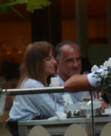 E treaba serioasa, nu o iubire de-o vara, Tania Budi si Yoav Stern, sarut pasional la ceas de seara! | VIDEO EXCLUSIV