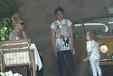 Anda Adam se zgarceste cand trebuie sa lase bacsis ospatarilor! Artista a fost luata pe sus dintr-un restaurant chiar de fiica ei, inainte sa manance | VIDEO EXCLUSIV
