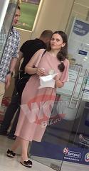 Madalin Ionescu si-a scos sotia la cumparaturi prin mall. Cristina Siscanu arata foarte bine de cand a nascut, iar cei doi par mai indragostiti ca niciodata | VIDEO EXCLUSIV