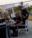 """Damian Draghici, ritual surprinzator inainte sa urce pe scena! Spune """"Tatal Nostru"""" impreuna cu toata trupa sa VIDEO EXCLUSIV"""