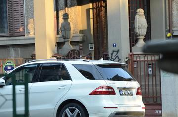 Intalnire soc! Syda si tatal sau au mers la Elena Basescu acasa! Ce-au cautat acolo? VIDEO EXCLUSIV