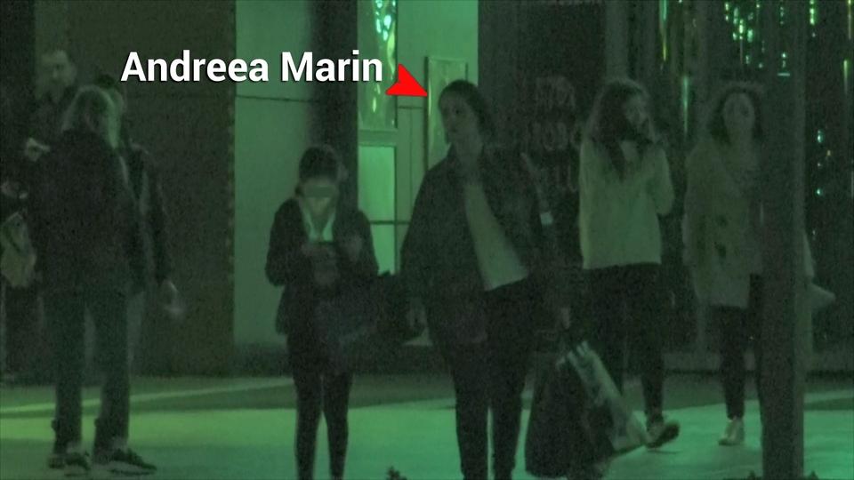 Fiica Andreei Marin este deja o pustoaica pretentioasa! Vezi de la ce designer roman isi cumpara haine Violeta!?