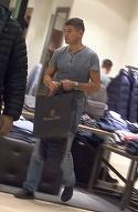 Primele imagini cu Cristi Boureanu in public, fara iubita! Fostul deputat a iesit la cumparaturi!