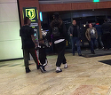 Aparitie de senzatie pentru Antonia si Alex Velea, la mall! Ea in papuci de plaja si sosete albe, el cu... sabia in mana | VIDEO EXCLUSIV