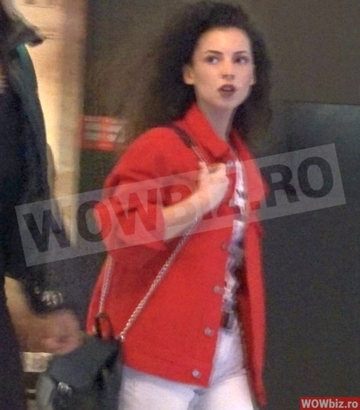 Cum au surprins-o paparazzii WOWbiz.ro pe Ami la mall! Cantareata a facut un gest... - VIDEO EXCLUSIV!