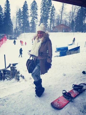 FOTO! Sanziana Buruiana, vacanta de neuitat cu iubitul! Cei doi si-au facut de cap la munte