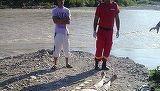 Cadavrul unui barbat a fost adus la mal de apele raului Prahova. Imaginile sunt tulburatoare. Ce au observat politistii cand s-au uitat la trupul lui?