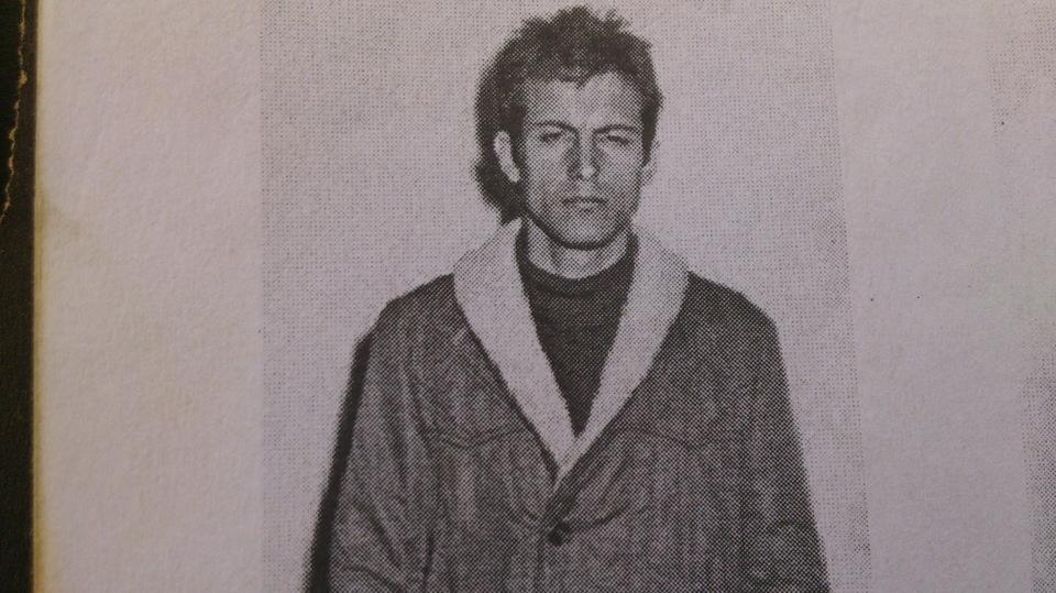 """ATENTIE! INFORMATII SOCANTE! Detalii incredibile despre practicile lui Ion Ramaru, cel mai temut criminal roman: """"Musca din victime!"""" Barbatul de 25 de ani a fost executat si ingropat la Jilava"""