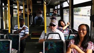 Halucinant! Motivul pentru care o mamă a fost forţată să-şi ducă copilul mort cu autobuzul! Imaginile care te vor cutremura