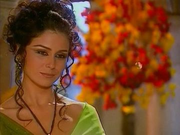 """Ti-o mai amintesti pe Jade din """"Clona""""? Uite cum arata actrita la 41 de ani - A divortat de doua ori si are trei copii"""