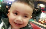 Crima infioratoare! Un copil de doi ani a fost decapitat de catre propriul tata. Trupul micutului a fost gasit intr-un sac de gunoi