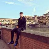 Vedeta la tineretul Fiorentinei, Ianis Hagi isi face timp si pentru turism