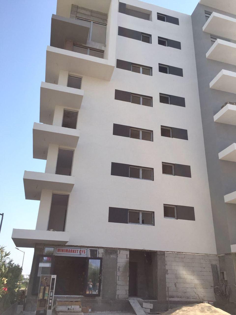 Asa arata blocul ridicat de familia Halep langa plaja