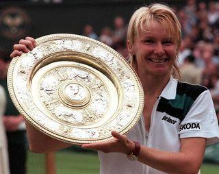 Doliu în tenis! Jana Novotna, care a fost câştigătoare la Wimbledon, a murit de cancer la doar 49 de ani