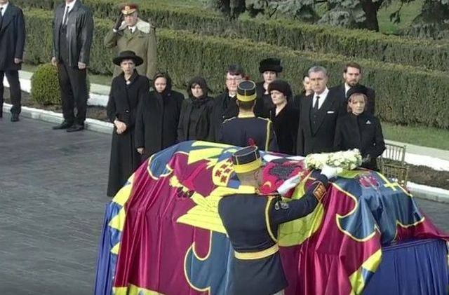 Care sunt rudele Regelui Mihai care nu au ajuns pana acum langa sicriul ultimului monarh!