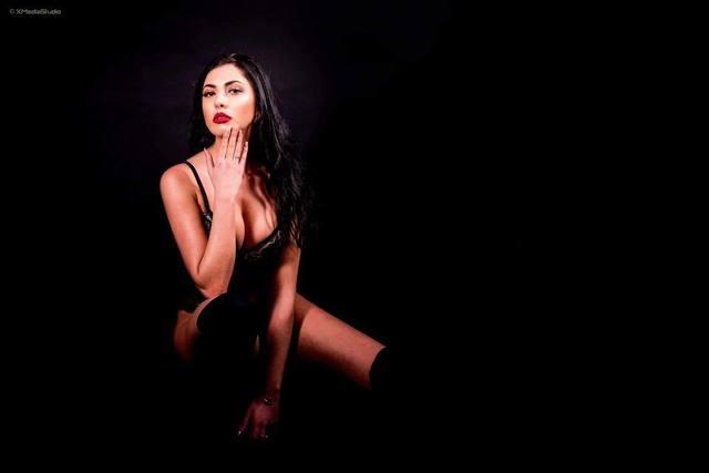 Ea este tanara care ne va reprezenta la Miss Europe World 2018! Uite cat de sexy pozeaza Maria Ioana