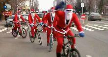 Mos Craciun vine cu bicicleta: Incercam sa aducem un zambet pe fetele copiilor