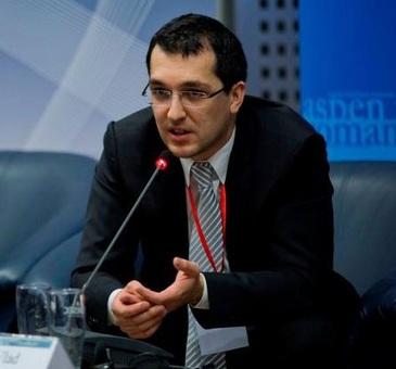 Casa lui Vlad Voiculescu a devenit tabara pentru copiii bolnavi de cancer! Tanarul care este nominalizat pentru Ministerul Sanatatii a cumparat un deal intreg