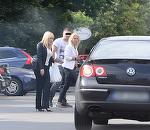 Elena Udrea alearga pe tocuri, in mijlocul strazii! Politiciana se grabea sa ajunga la politie